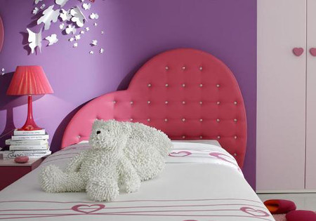 Lãng mạn, ngọt ngào cho phòng ngủ gam màu tím
