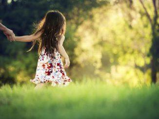 9 điều một ông bố hay bà mẹ tuyệt vời nên dạy con gái 2
