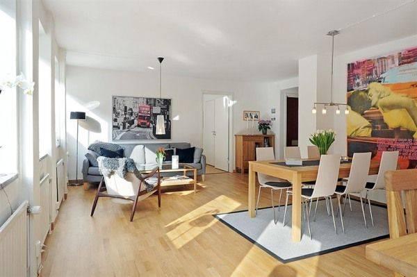 Sự kết hợp giữa phòng khách và không gian bếp
