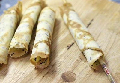 Cách làm bánh cuộn vừng giòn tan bằng chảo chống dính