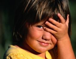 Bé gái 7 tuổi ngứa vùng kín 3 năm vì thiếu nội tiết