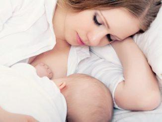 Cách chăm sóc trẻ sơ sinh trong tuần đầu chào đời 11