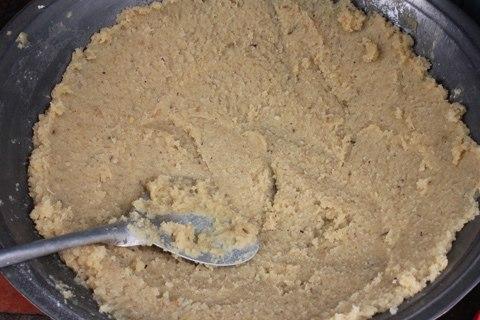 Cách gói bánh tét lá dứa ngon 'ứa nước miếng' cho ngày Tết