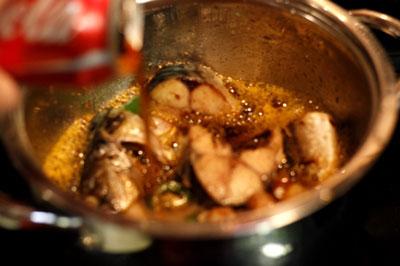 Hướng dẫn làm món cá kho coca cực lạ mà ngon