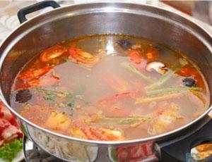 Cách nấu lẩu canh chua ngon ăn mãi không biết chán