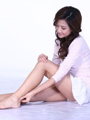 Bài massage chân đơn giản tại nhà