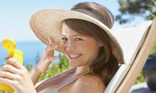 Hướng dẫn cách khắc phục vùng da bị cháy nắng