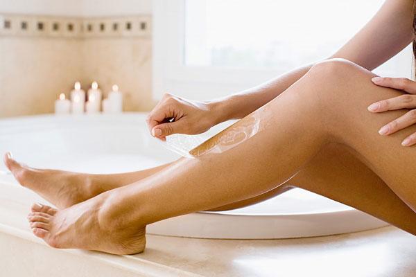 Tự nấu sáp đường wax lông chân giảm chi phí