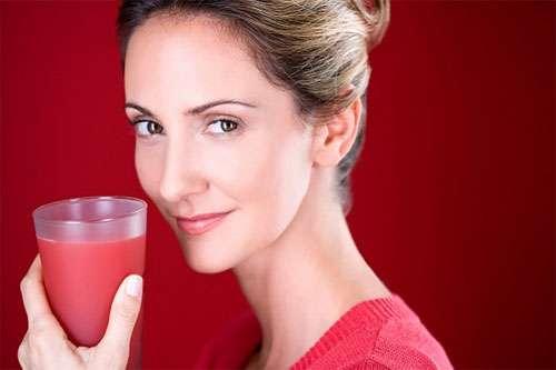 5 loại nước bạn nên uống vào buổi tối để da trắng dáng xinh