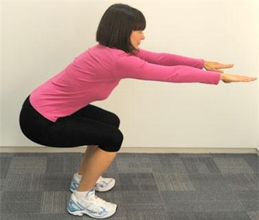 11 động tác căng cơ bụng phẳng lỳ