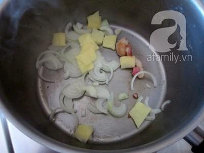 Nấu bún măng vịt đổi món cuối tuần