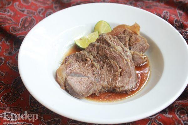 Bắp bò hầm áp chảo đậm đà cho bữa cơm tối