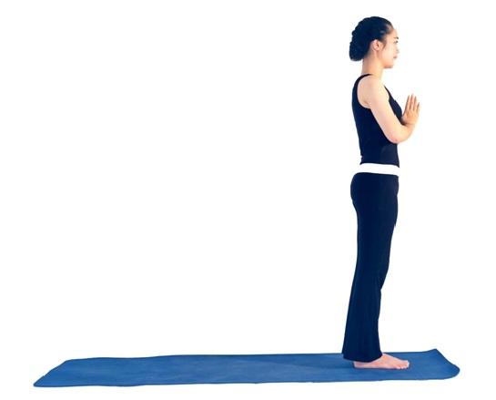 Tập yoga: Hướng dẫn bài Chào Mặt Trời biến thể