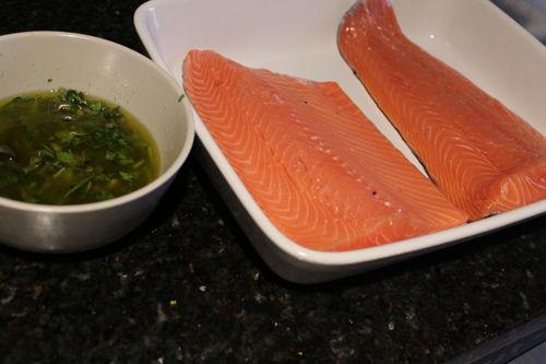 Cá hồi nướng chanh thơm phức cho bữa cơm ngày lạnh