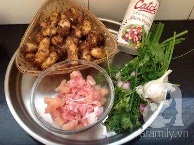 Canh khoai sọ nấu thịt gà xay ngọt ngon cho bữa cơm hè