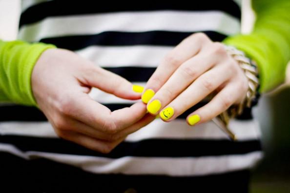 Biến hóa đa dạng với những mẫu nail độc đáo