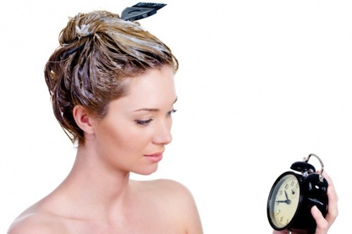 Hướng dẫn dùng dầu xả đúng cách cho mái tóc suôn mượt