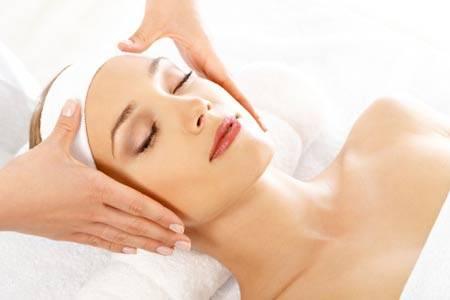 Hướng dẫn tự massage mặt tại nhà