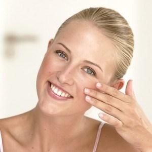 Cách chọn phấn nền tốt nhất cho da nhờn