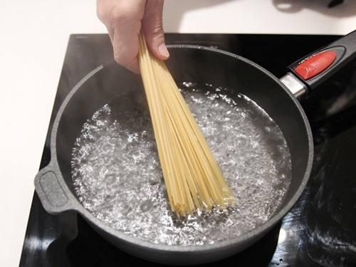 Mỳ Ý sốt ngao đổi gió cho cuối tuần mát mẻ