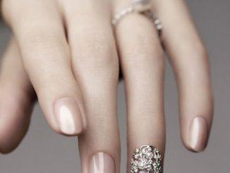 Làm sao để có bộ móng tay thật đẹp 5